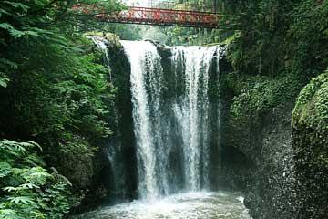 Curug Omas Taman Wisata Maribaya Bandung