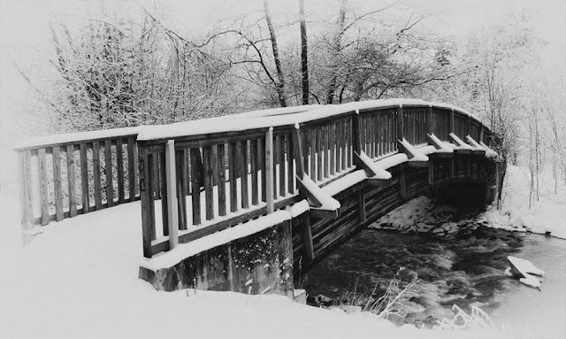 Maisemakuva 01 - Silta - Talvi 2012 Tuusula