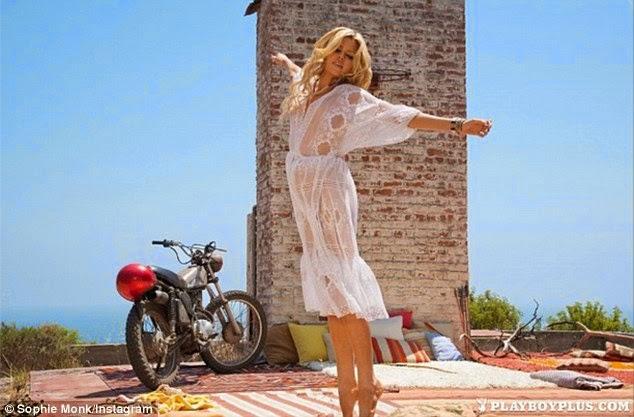 الموديل صوفي مونك في صور ساخنة لمجلة Playboy