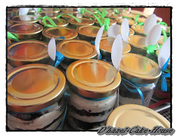 new-cake in jar