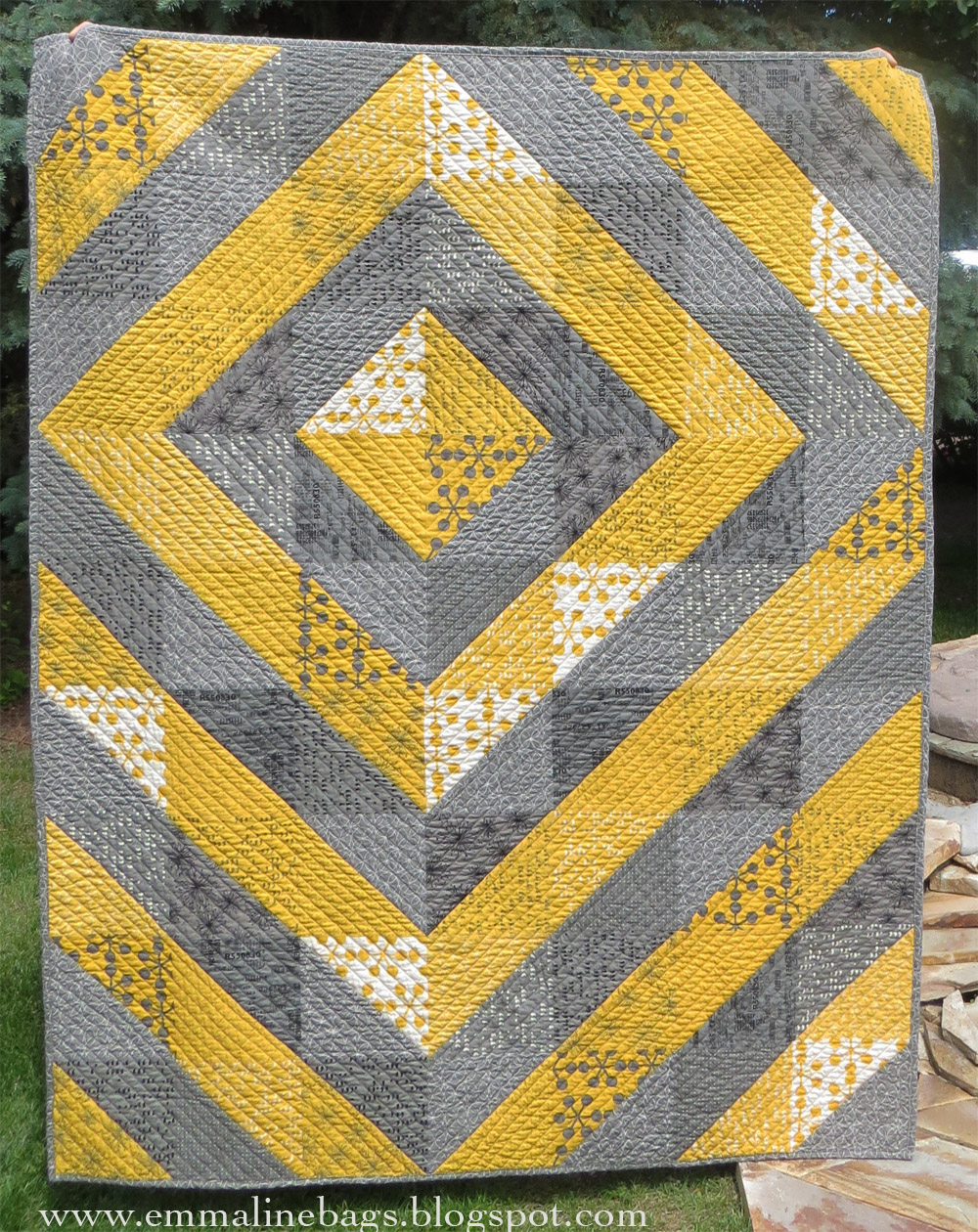 Emmaline bags sewing patterns and purse supplies a comma for Modern house quilts