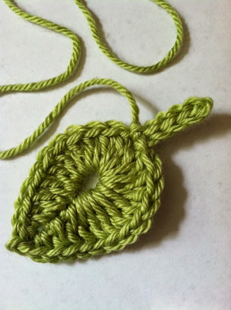 ... Kids: One Green Leaf..... FREE Crochet Leaf Pattern #2 Today