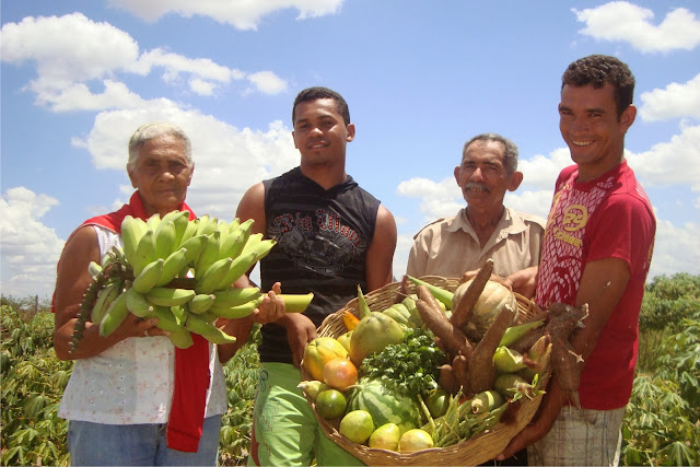 Agricultores de São Sebastião de inscrevem no Papa-DF