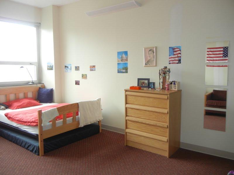 klein lena in amerika einziehen ein jahr bleiben ausziehen. Black Bedroom Furniture Sets. Home Design Ideas