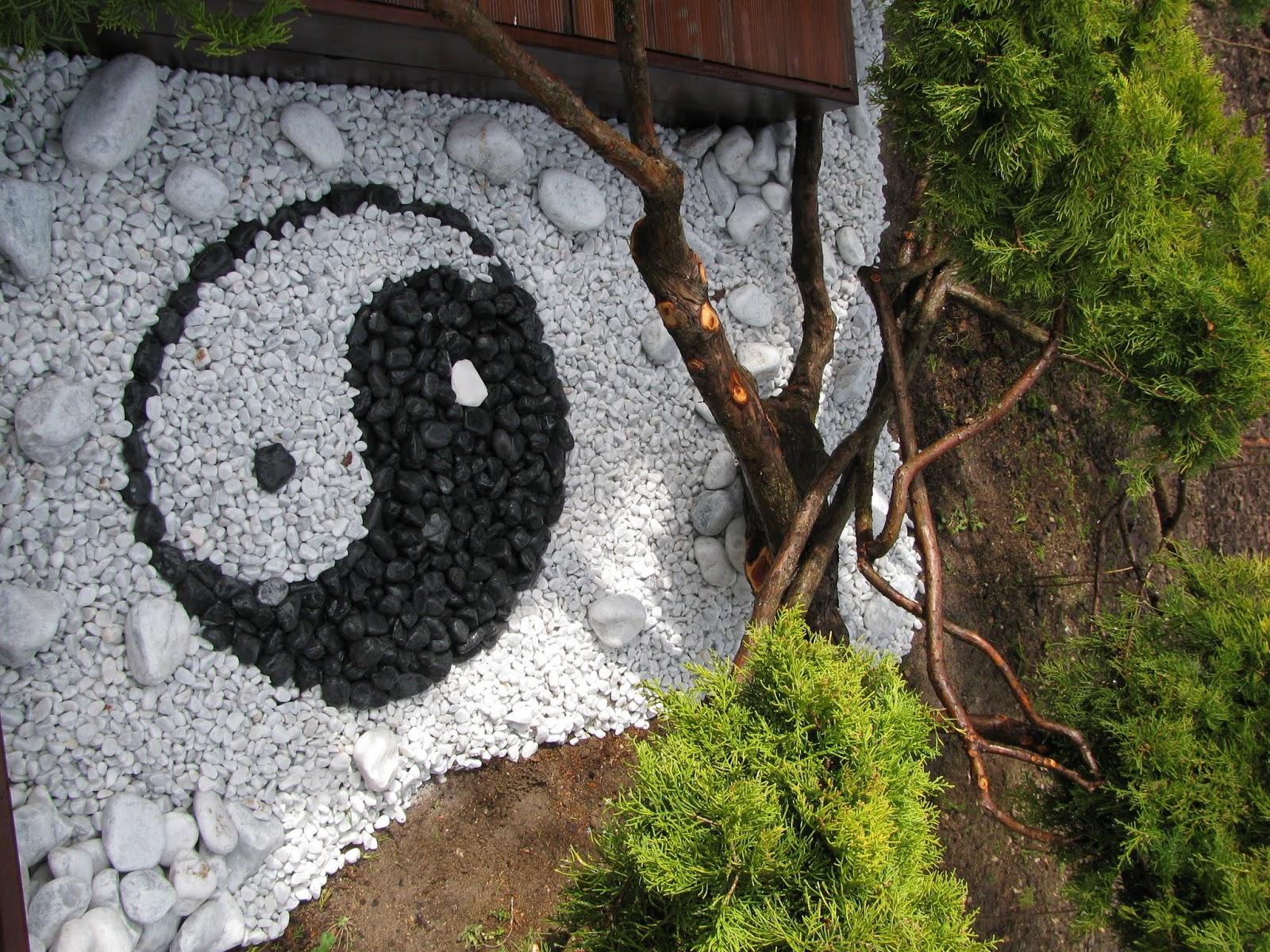 Le clos fleuri mars 2013 for Jardin yin yang