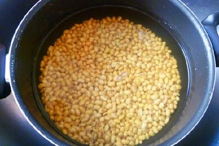 Cách làm sữa đậu nành tại nhà vừa ngon vừa bổ nữa 1