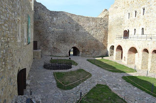 Neamt Fortress - interior yard