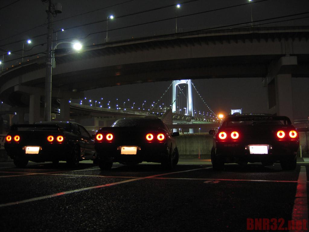Nissan Skyline R32, japońska motoryzacja, kultowy samochód, auto z dusza, Godzilla, noc, po zmroku, fotografia
