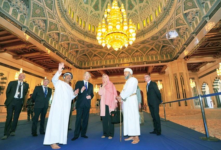 """لماذا لا يتم تأسيس """"مؤسسة دعوية عالمية لزيارة المساجد""""؟"""