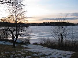 Skymning över Lindesjön, april 2013