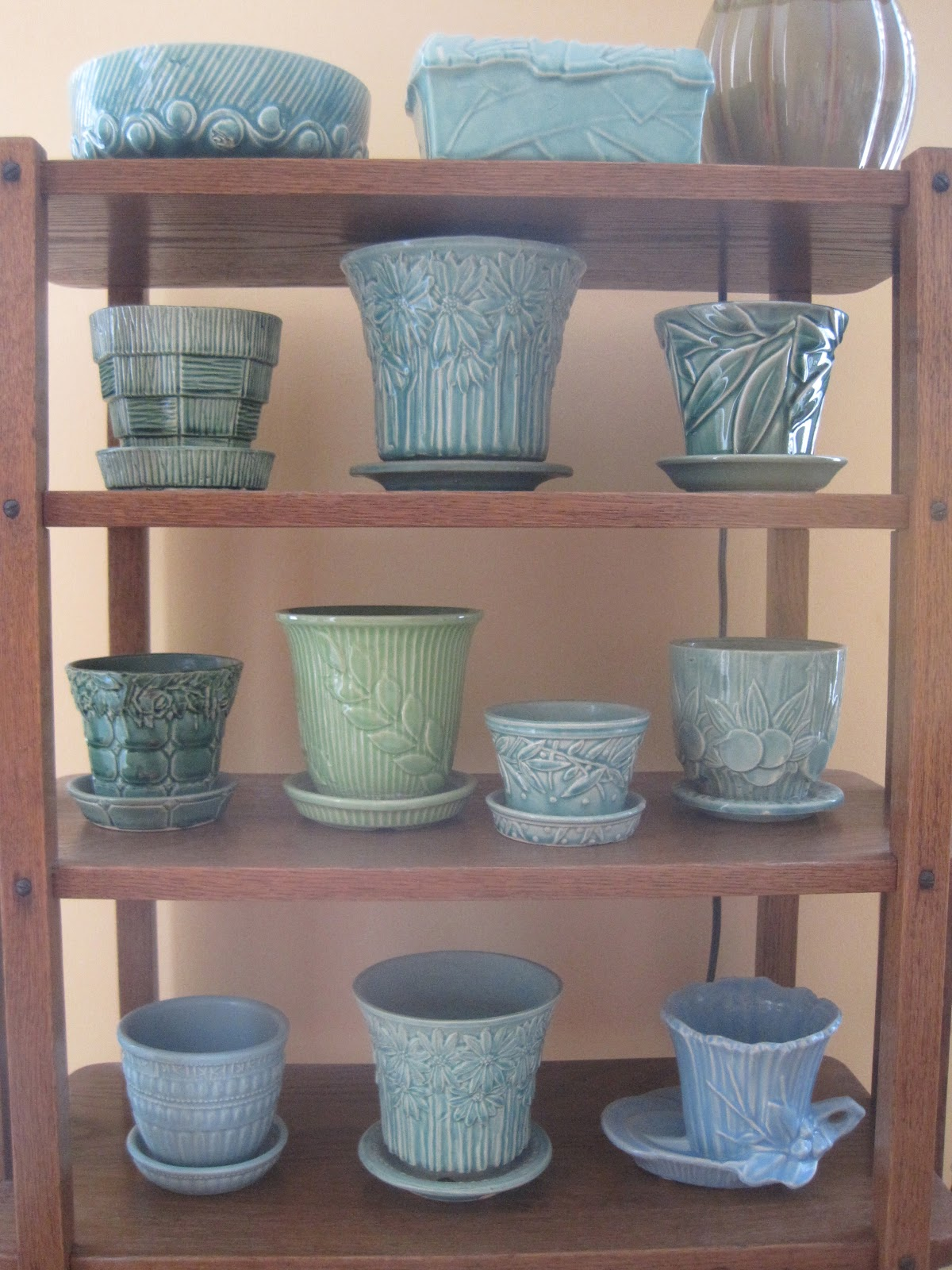 in and out of my garden: mccoy flower pots