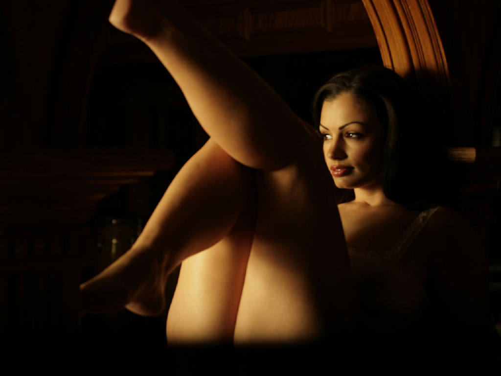 hd wallpaper of aria giovanni