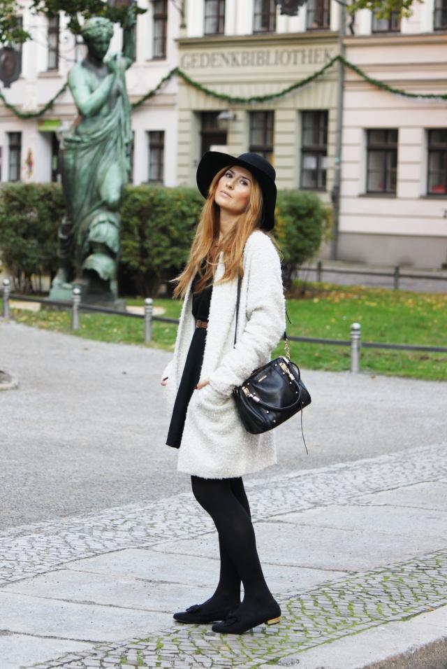 Look con sombrero