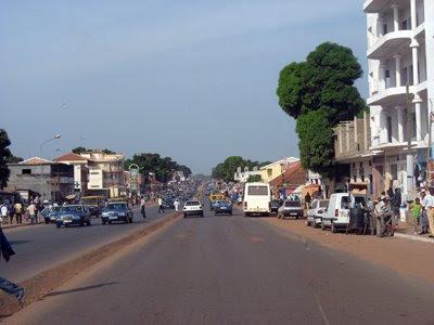 Maiores partidos guineenses sem acordo quanto a debate sobre golpe de Estado