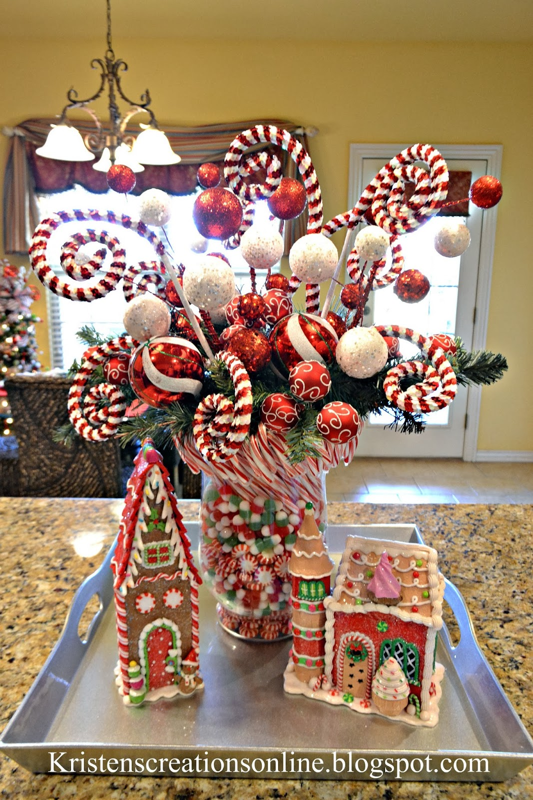 Kristen 39 s creations christmas home tour for Christmas home decorations pictures