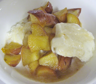 grilled mansanada spiced apples with honey served with ice cream