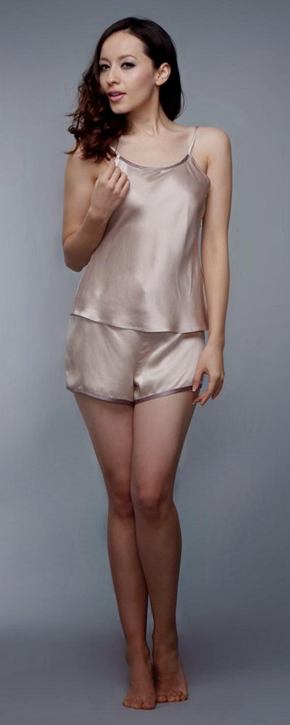 Silk+Short+Night+Wear+Nighty+Dress+For+Girls+Fashion+In+Bed012