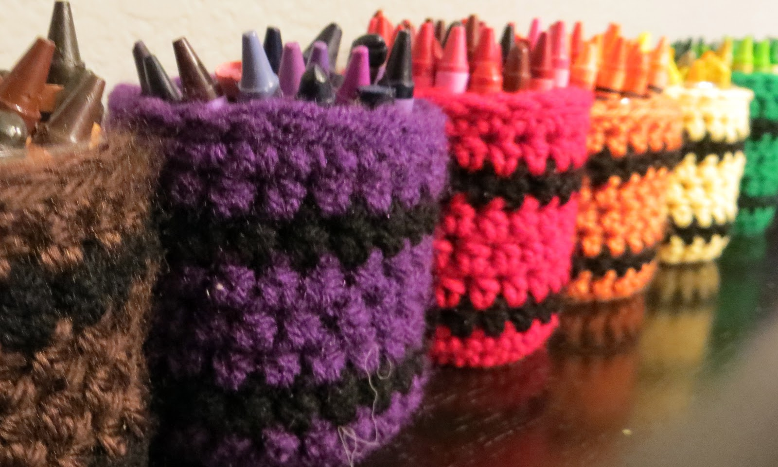 My CRAZY Yarn Obsession: Recycled Crayon Cozy Cup Holders Pattern