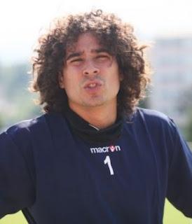 Memo Ochoa pretendido por el Milán