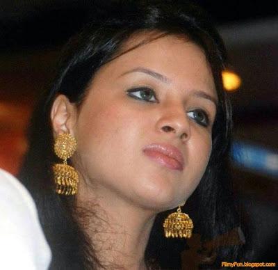 sakshi_rawat_milky_face_FilmyFun.blogspot.com