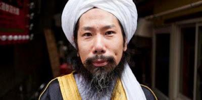 Tukang Tato Geng Yakuza Memeluk Agama Islam