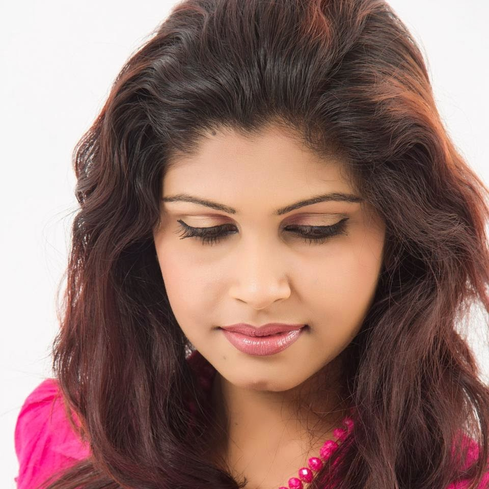 Bmwpanies Latest Models: Lankan Models Gallery : Nethu Jayawardana New Photos