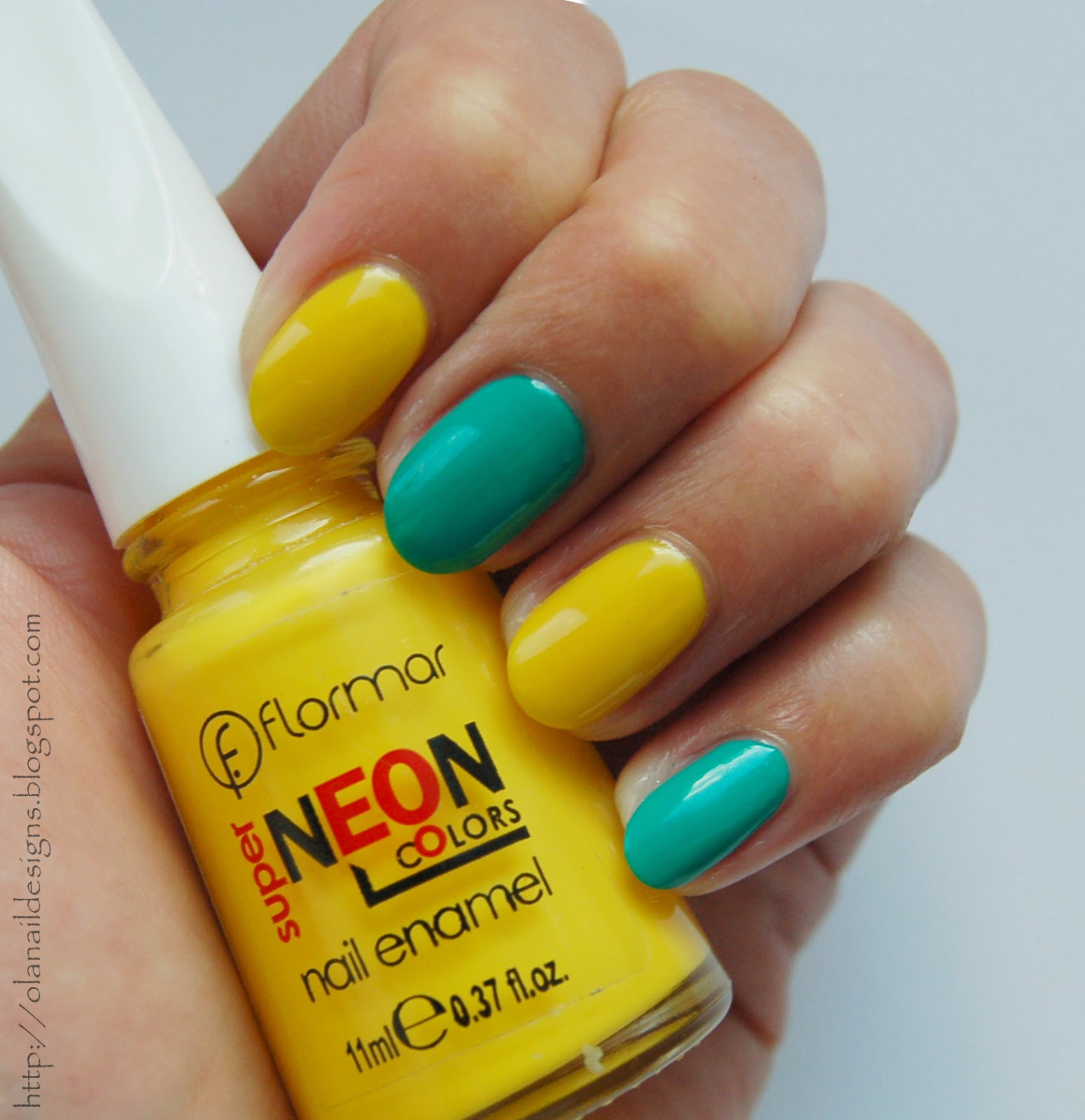 yellow nails Flormar Neon N006