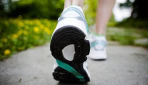 Jalan Kaki Solusi Sehat Dibandingkan Lari