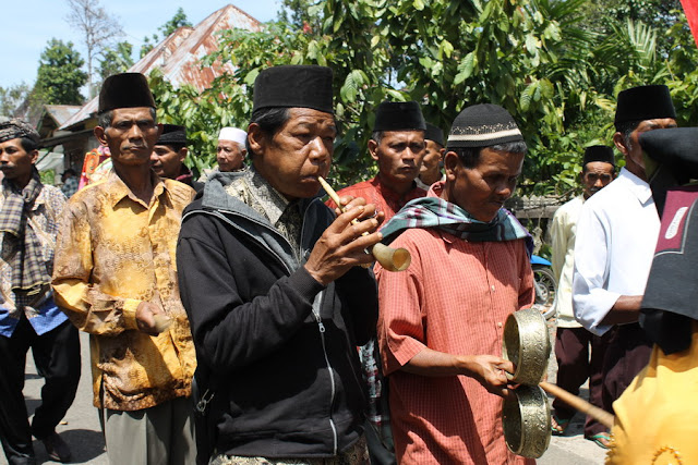 musik tradisional puput sarunai