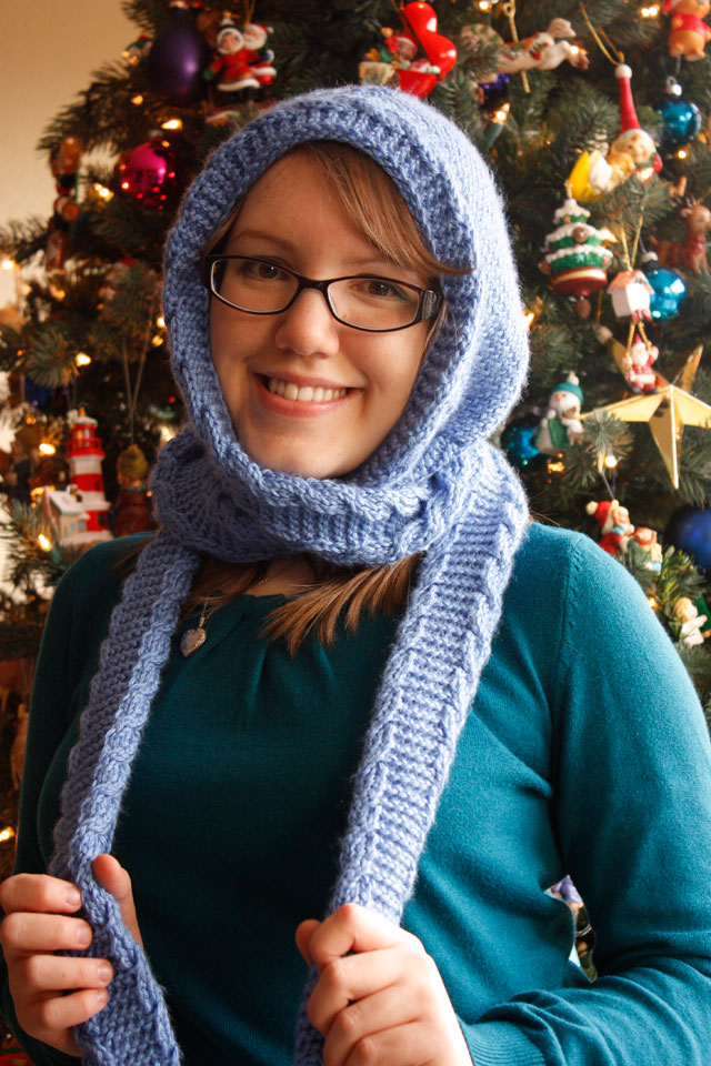 April Sprinkles: Christmas Gifts 2011: Hooded Scarf