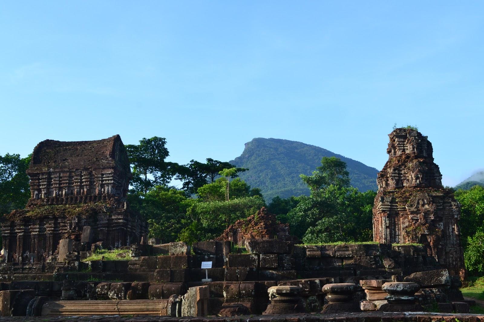 Temple , My son, Vietnam