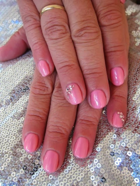 Baby pink pearl escent effect with crystal feats