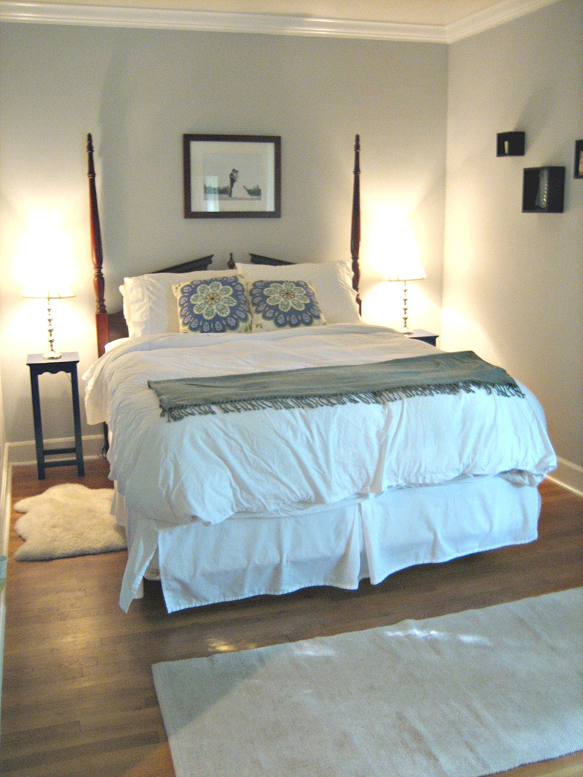 All White Beds Simple Iron Bed Frame, All White Bed / For The ...