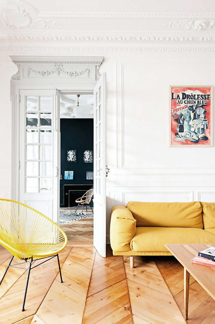 Decordemon eclectic and elegant apartment in bordeaux france for Salon haussmanien