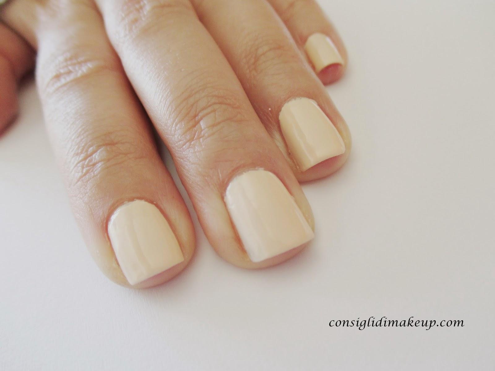 nail art semplice senza