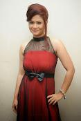 Shilpa Chakravarthy Glamorous Photos-thumbnail-14