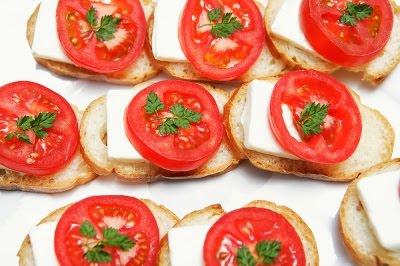 Canapes de queso fresco recetas de cocina faciles for Canape queso de cabra