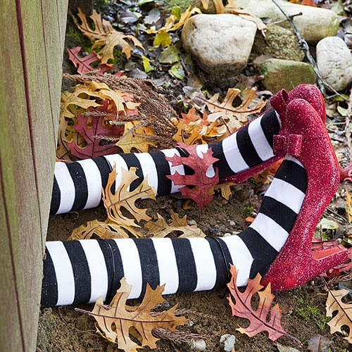It's Halloweek! Witch Crafts The Wizard Of Oz feet