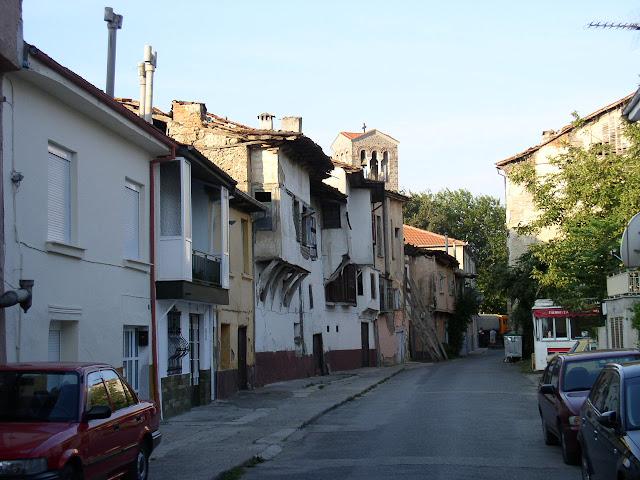 Η οδός Μακεδονομάχων στο Βαρόσι