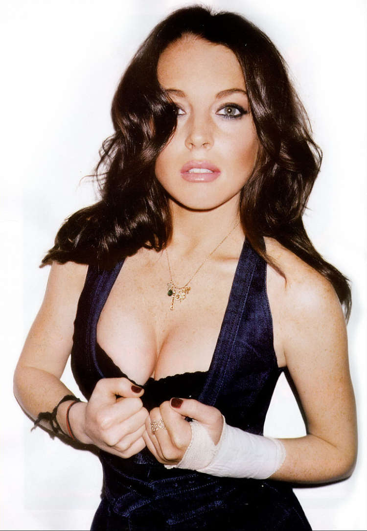 Fresh Look Lindsay Lohan Hairstyles 04