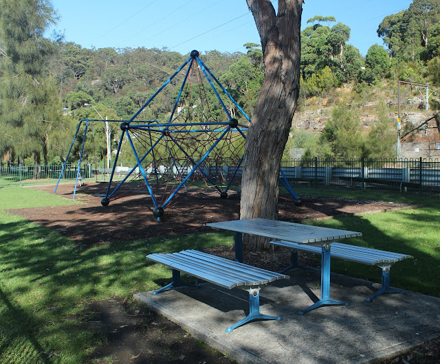 Playground along Koolewong walk