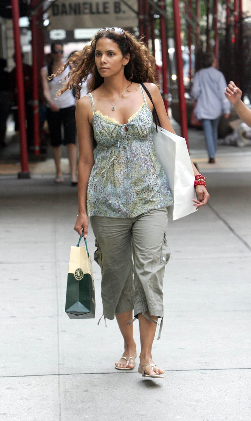 Halle Berry Fashion Model Photo Stills Halle Berry Fashion Model