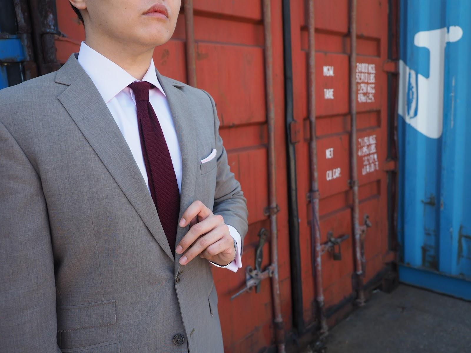 Watsons Winter Wednesday Brown Suit tie shirt professional work clothes men gentlemen square pocket handkerchief