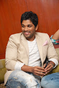 Stylis Star Allu Arjun latest Photos Stills-thumbnail-4