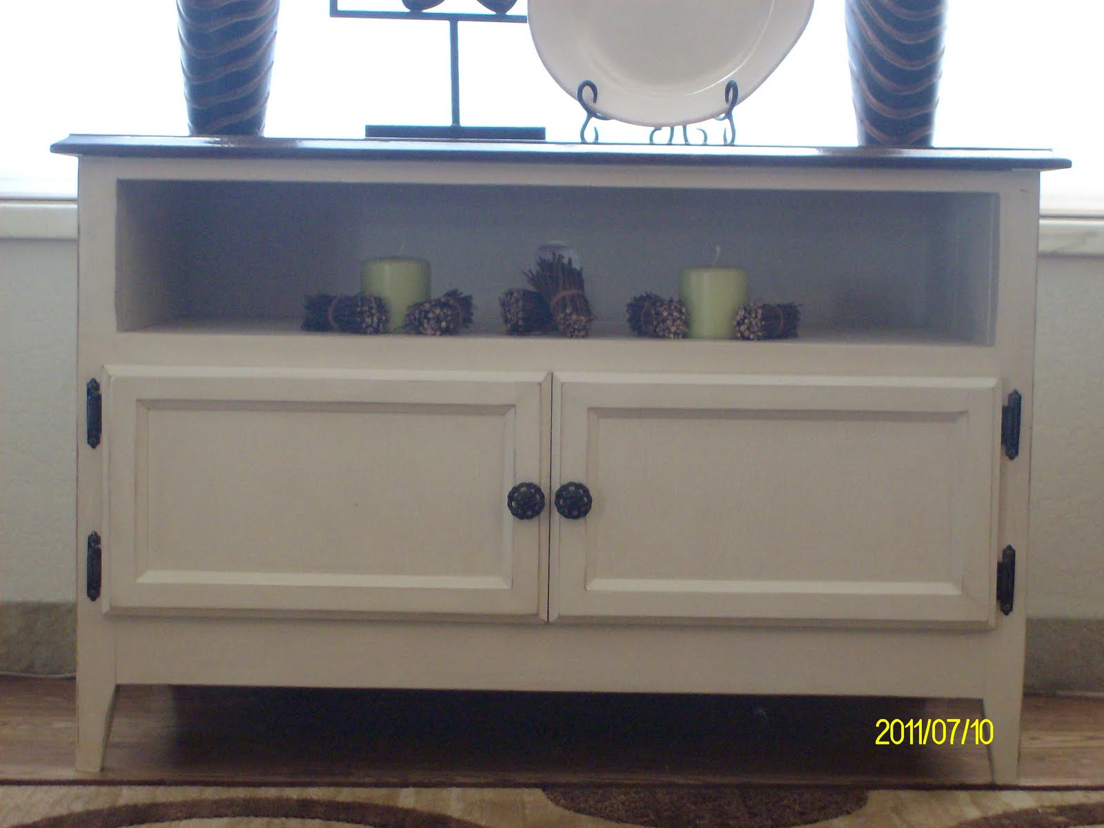le bel tresor modern shabby chic tv stand accent table. Black Bedroom Furniture Sets. Home Design Ideas