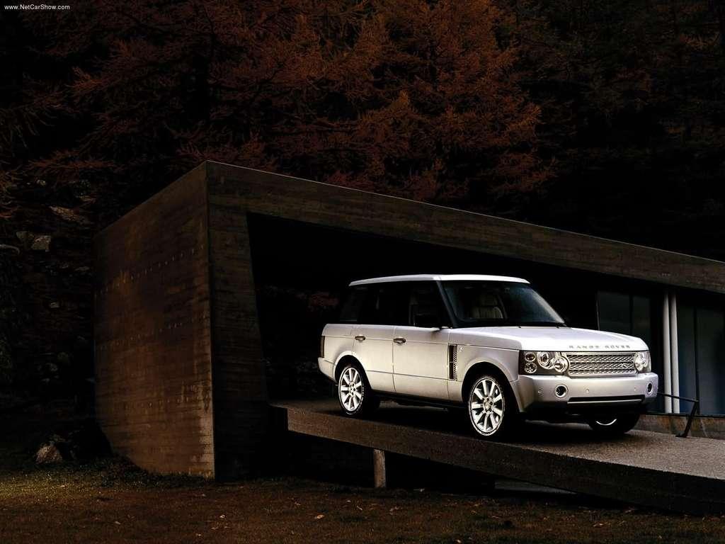 http://1.bp.blogspot.com/-KGmexw2BmF0/UNckZCjPr7I/AAAAAAAABg4/C0O2NgAZvY4/s1600/Land_Rover-Supercharged_Range_Rover_2006_1024x768_wallpaper_07.jpg