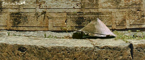 Thân phận cái nón lá dưới thời đại Hồ Chí Minh