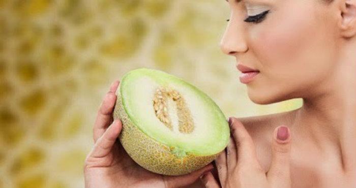 Cantik Alami Dengan Menggunakan Melon