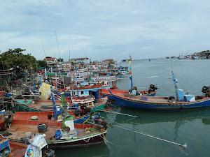 Cha Am fishing village