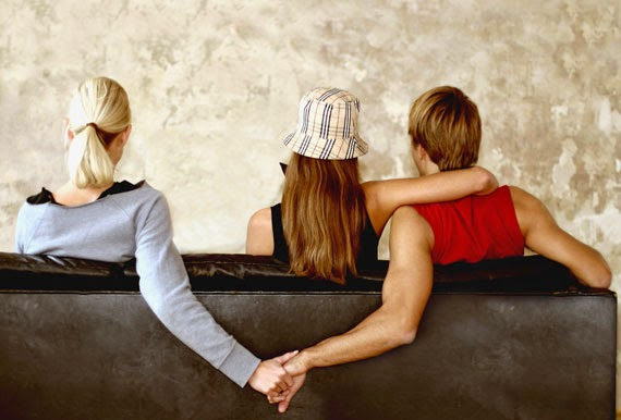 Psychologie vztahu - Spala jsem s ním, ale vadily mi další milenky. Mám prozradit jeho ženě, že ji manžel podvádí?